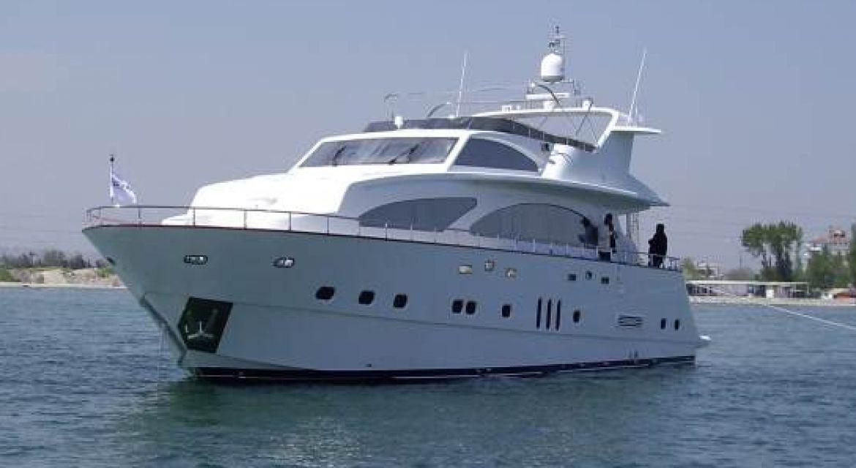 Yacht Nitta V for Charter