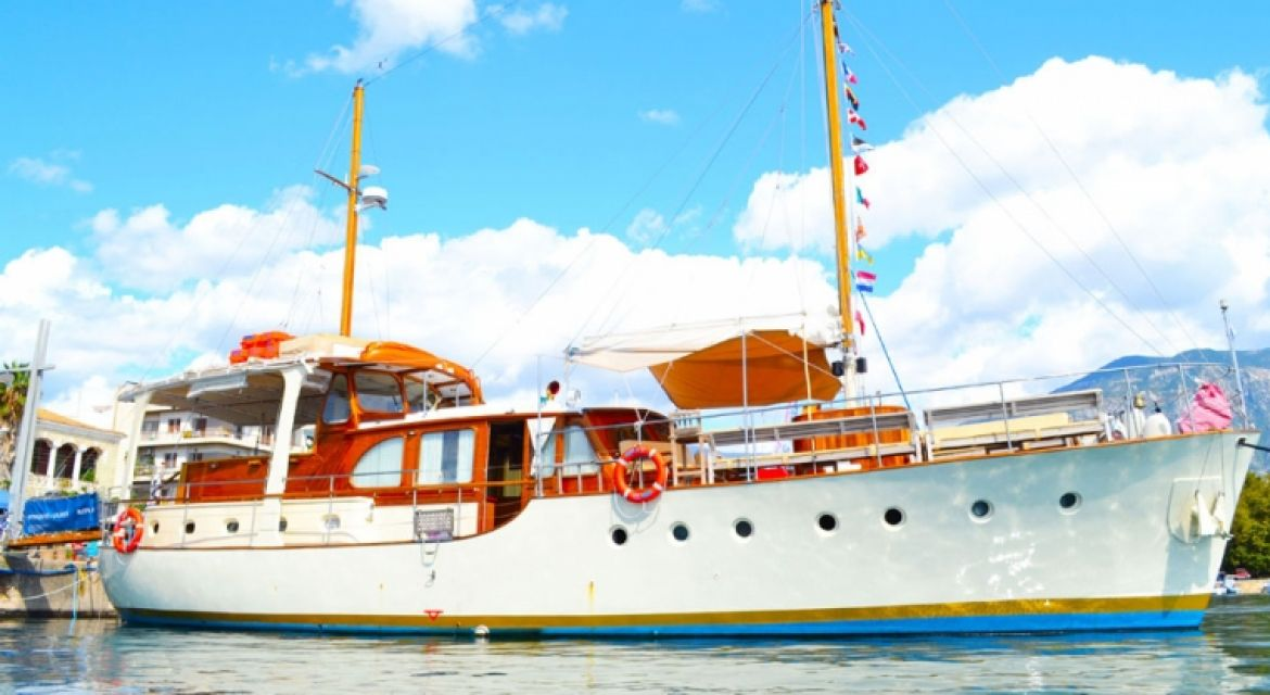 Yacht Rota II for Charter
