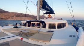 Sailing Catamaran Moonlight for charter