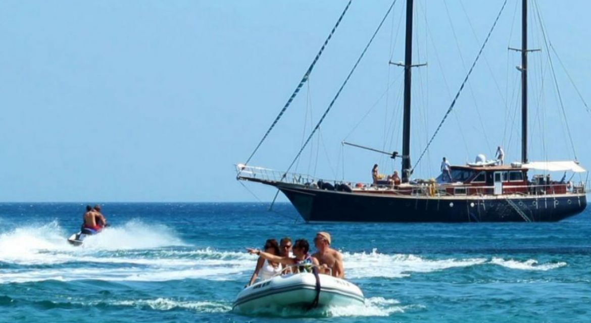 Motor Sailer Almyra for charter