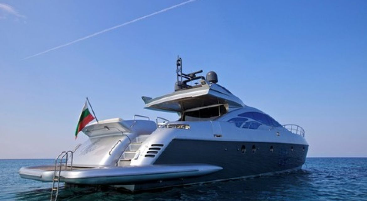 Yacht Thea for Charter
