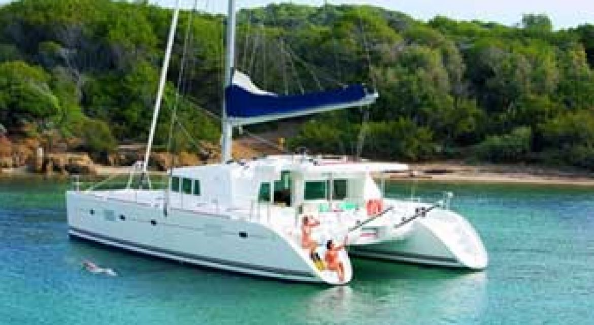 7|Sailing Catamaran Elvira for charter