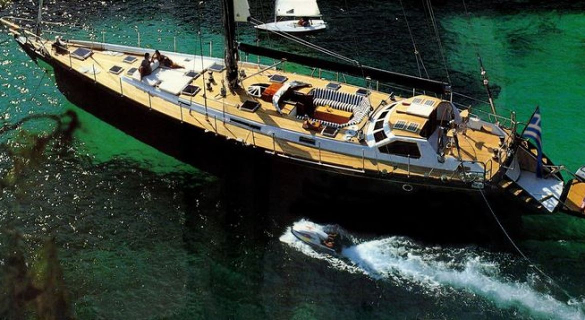 2 Sailing Yacht Wind Of Change for charter
