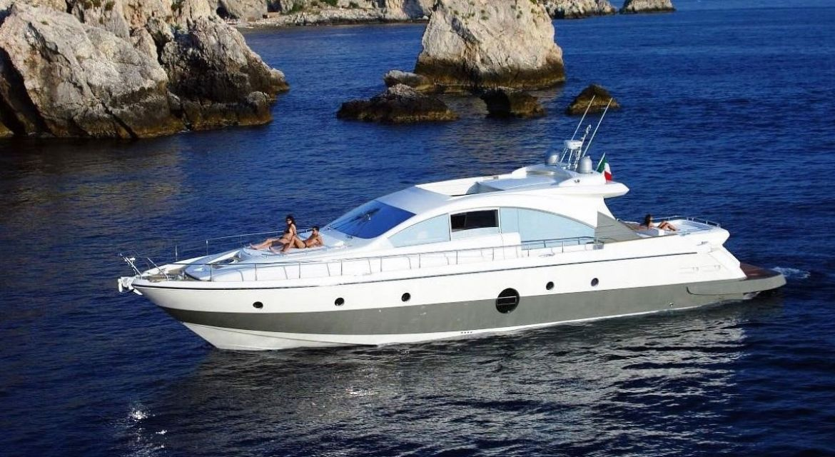 Yacht Aicon 72 for sale - by yachtingalliance.com