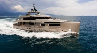 Motor Yacht yacht Admiral 2013 for charter