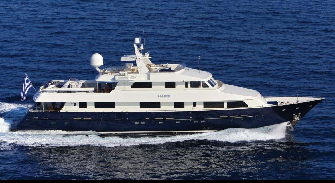 Motor Yacht yacht Magix for charter