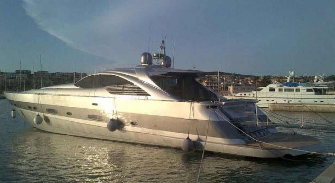 Yacht Pershing 88 for sale - by yachtingalliance.com