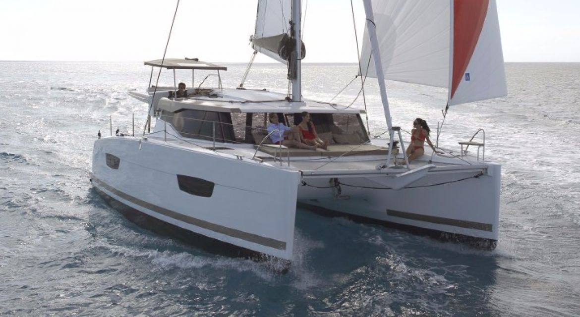 yacht Lucia 40 for charter