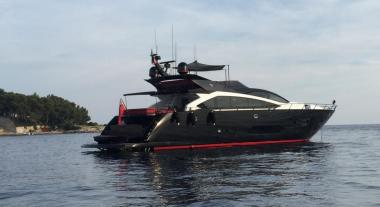 Motor Yacht yacht Sunseeker Sport 101 for charter
