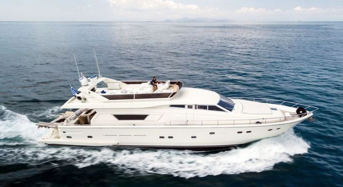 yacht Vento for charter