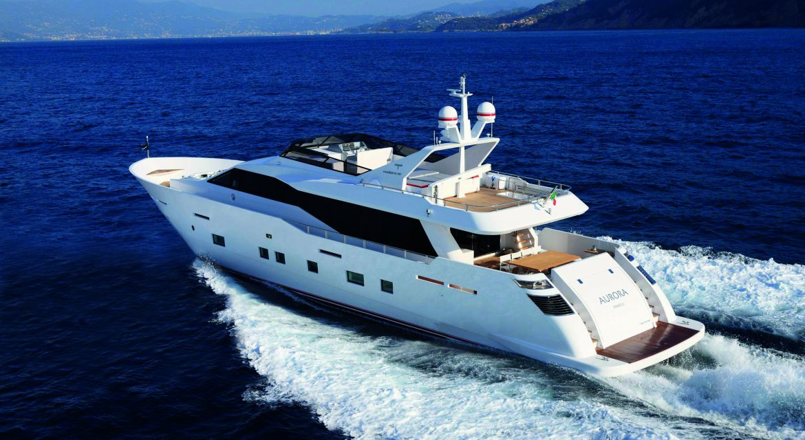 yacht Aurora for charter