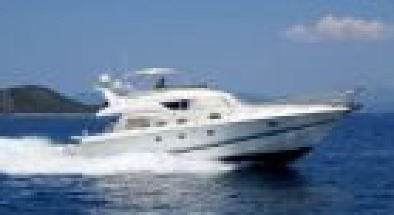 Yacht Sunseeker Manhattan 62 Fly  2000 for sale - by yachtingalliance.com